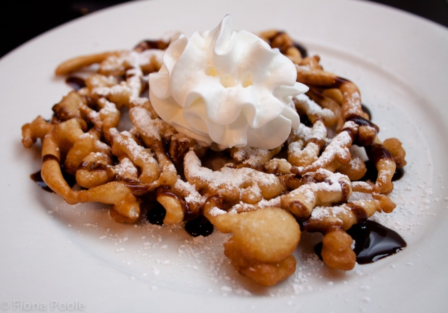 Funnel cake wm-5