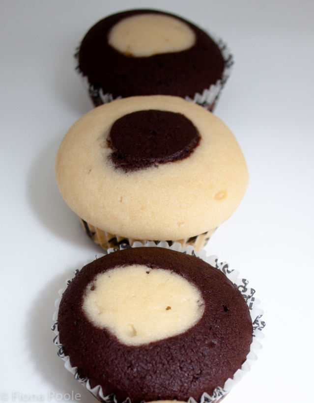 grad cupcakes-1