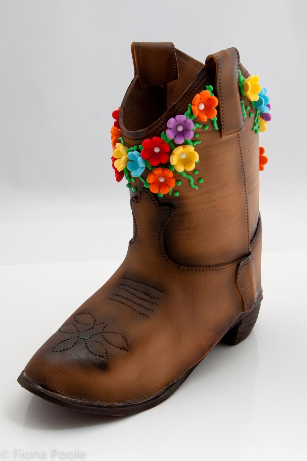 Cowboy boot gum paste topper