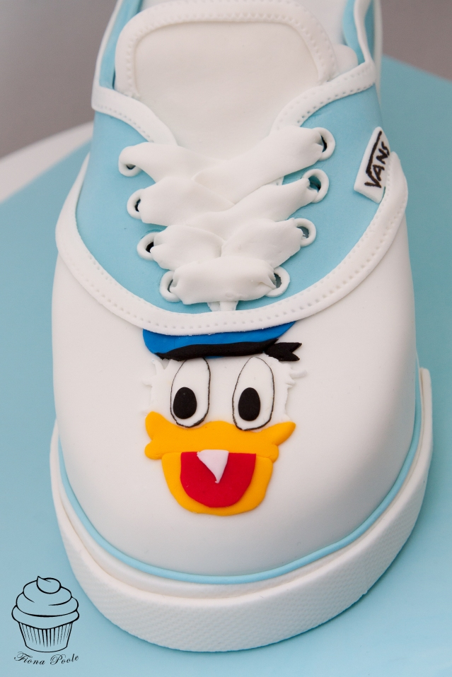 DD Vans cake-3