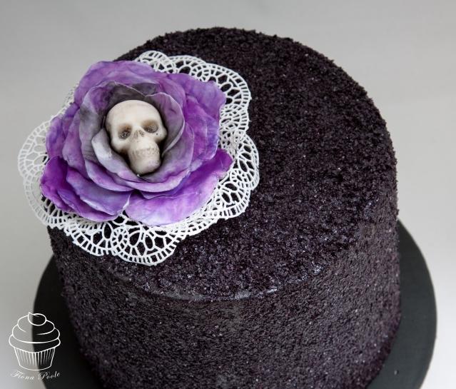 black-glitter-cake-1