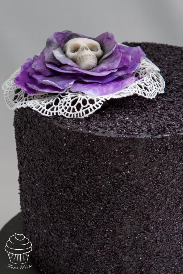 black-glitter-cake-4