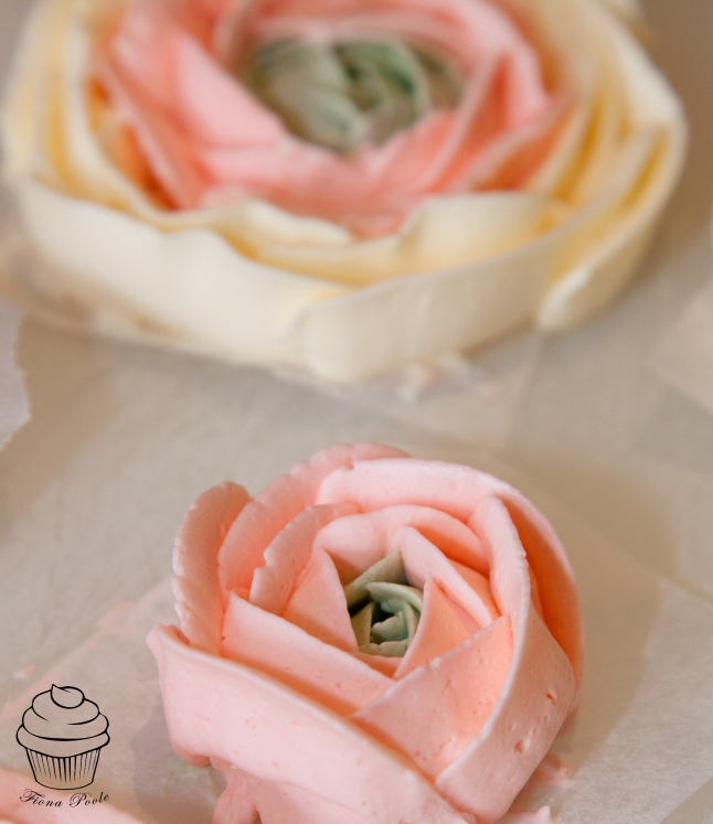 buttercream-flowers-3